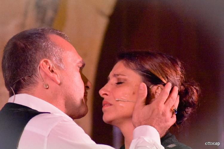 https://www.ragusanews.com//immagini_articoli/04-08-2020/sicilia-bedda-con-il-soprano-marianna-cappellani-a-modica-500.jpg
