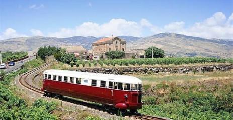 https://www.ragusanews.com//immagini_articoli/04-08-2020/tornano-i-treni-storici-del-gusto-240.jpg