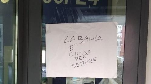 https://www.ragusanews.com//immagini_articoli/04-08-2021/sicilia-ciao-ciao-banche-109-comuni-non-hanno-piu-uno-sportello-280.jpg