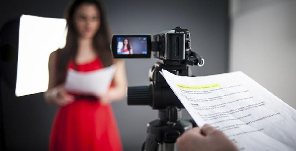 http://www.ragusanews.com//immagini_articoli/04-09-2015/casting-cinematografici-500.jpg