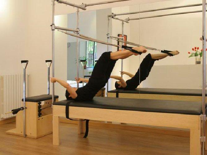 http://www.ragusanews.com//immagini_articoli/04-09-2017/soffrite-ernia-pilates-sono-soluzione-500.jpg