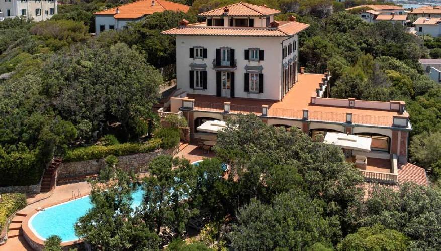 https://www.ragusanews.com//immagini_articoli/04-09-2020/1599204384-in-vendita-una-villa-di-alberto-sordi-a-sei-milioni-di-euro-1-500.jpg