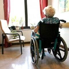 https://www.ragusanews.com//immagini_articoli/04-09-2020/anziana-modicana-morta-di-covid-familiari-presentano-esposto-240.jpg