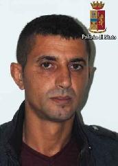 http://www.ragusanews.com//immagini_articoli/04-10-2017/evade-domiciliari-arrestato-albanese-240.jpg