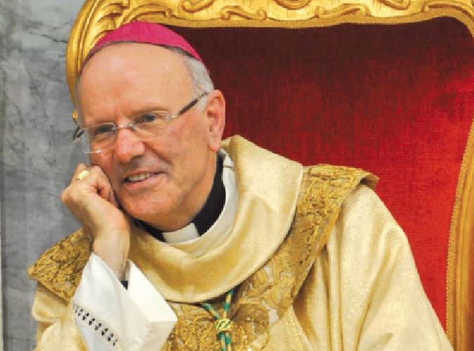 https://www.ragusanews.com//immagini_articoli/04-10-2018/monsignor-nunzio-galantino-ragusa-500.png