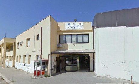 https://www.ragusanews.com//immagini_articoli/04-10-2020/covid-a-scuola-chiusi-alcuni-plessi-a-vittoria-280.jpg
