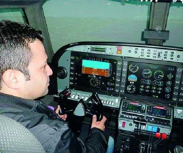 https://www.ragusanews.com//immagini_articoli/04-11-2012/allaeronatico-di-ragusa-arriva-il-simulatore-di-volo-500.jpg