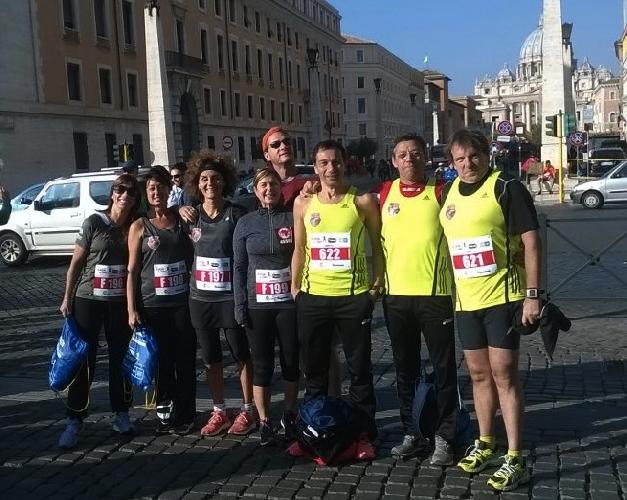 http://www.ragusanews.com//immagini_articoli/04-11-2014/i-ragusani-alla-corsa-dei-santi-500.jpg