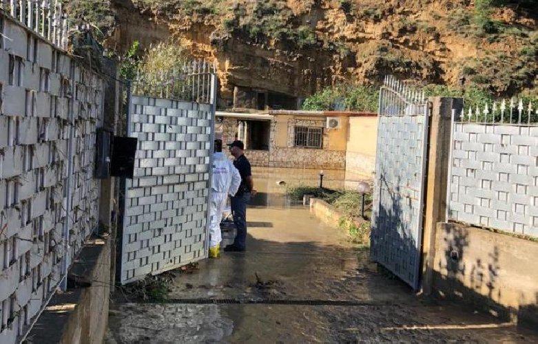 https://www.ragusanews.com//immagini_articoli/04-11-2018/casteldaccia-villino-abusivo-andava-demolito-500.jpg