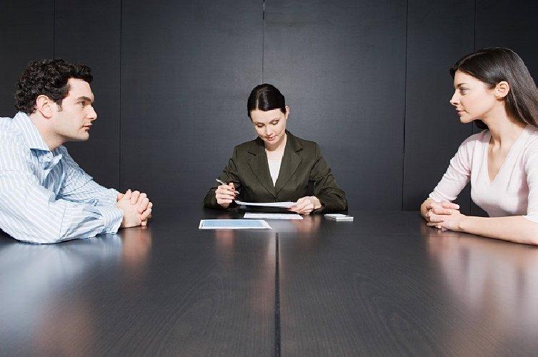 https://www.ragusanews.com//immagini_articoli/04-11-2018/divorzio-assegno-mantenimento-prova-poter-lavorare-500.jpg