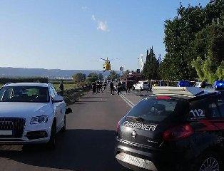 https://www.ragusanews.com//immagini_articoli/04-11-2019/1572880454-incidente-mortale-auto-si-ribalta-muore-34enne-1-240.jpg