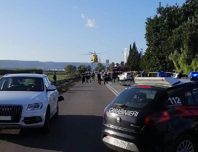 https://www.ragusanews.com//immagini_articoli/04-11-2019/1572880454-incidente-mortale-auto-si-ribalta-muore-34enne-1-500.jpg