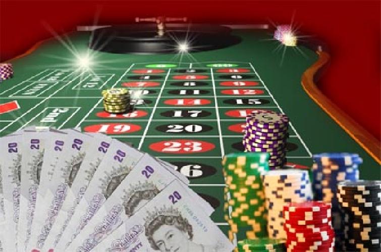http://www.ragusanews.com//immagini_articoli/04-12-2014/casino-e-scommesse-sempre-piu-verso-l-online-i-dati-del-2014-500.jpg