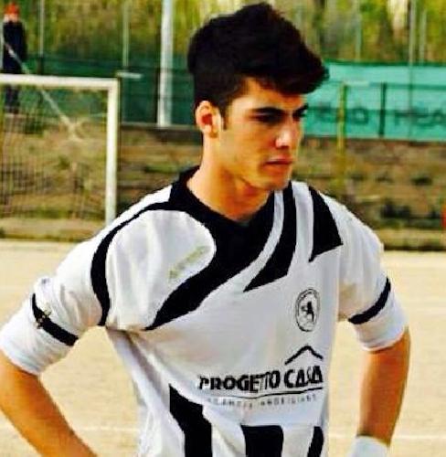 https://www.ragusanews.com//immagini_articoli/04-12-2014/il-calcio-a-5-scicli-acquista-francesco-papaleo-500.jpg