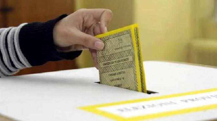 https://www.ragusanews.com//immagini_articoli/04-12-2016/referendum-ragusa-ha-votato-il-48-per-cento-420.jpg