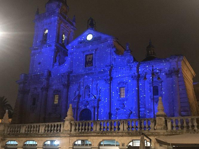 https://www.ragusanews.com//immagini_articoli/04-12-2018/illuminazione-natalizia-ragusa-video-500.jpg