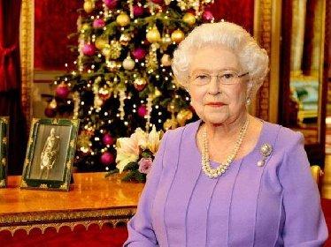https://www.ragusanews.com//immagini_articoli/04-12-2020/la-regina-elisabetta-annulla-cerimonia-di-consegna-dei-regali-280.jpg