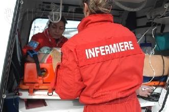 http://www.ragusanews.com//immagini_articoli/05-01-2013/ispica-rischia-di-perdere-linfermiere-del-118-220.jpg