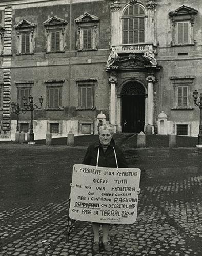 https://www.ragusanews.com//immagini_articoli/05-02-2013/uccio-barone-maria-occhipinti-fulcro-di-un-destino-collettivo-500.jpg