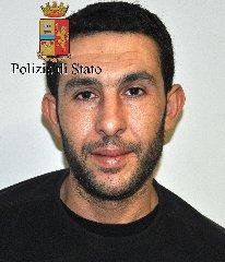 https://www.ragusanews.com//immagini_articoli/05-02-2018/senza-fissa-dimora-arrestato-tunisino-ricercato-evasione-240.jpg