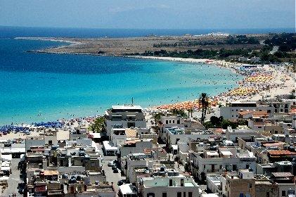 https://www.ragusanews.com//immagini_articoli/05-04-2021/estate-2021-sondaggio-airbnb-una-sola-meta-siciliana-nella-top10-280.jpg