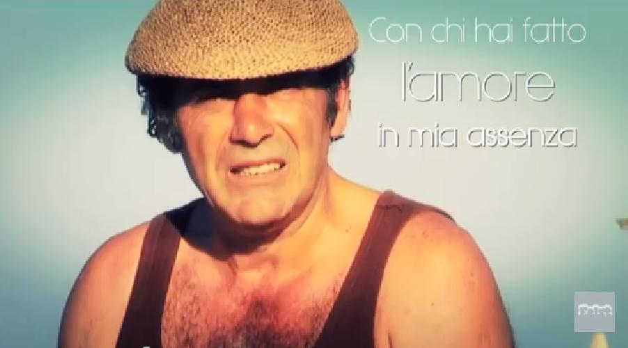 http://www.ragusanews.com//immagini_articoli/05-06-2015/elio-gira-a-siracusa-un-amore-amorissimo-alla-modugno-500.png