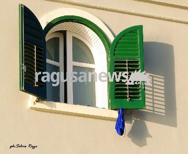 Ragusa, pompieri volontari appiccavano il fuoco per prendere l'indennità