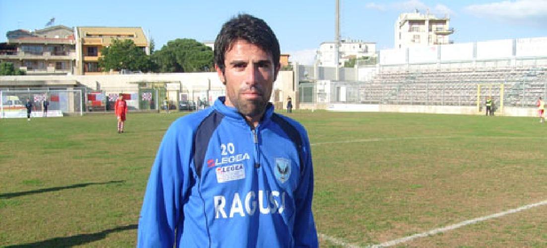 http://www.ragusanews.com//immagini_articoli/05-08-2017/ragusa-calcio-continua-attendere-notizie-futuro-eccellenza-500.jpg