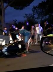 https://www.ragusanews.com//immagini_articoli/05-08-2020/auto-contro-moto-sulla-scicli-donnalucata-240.jpg