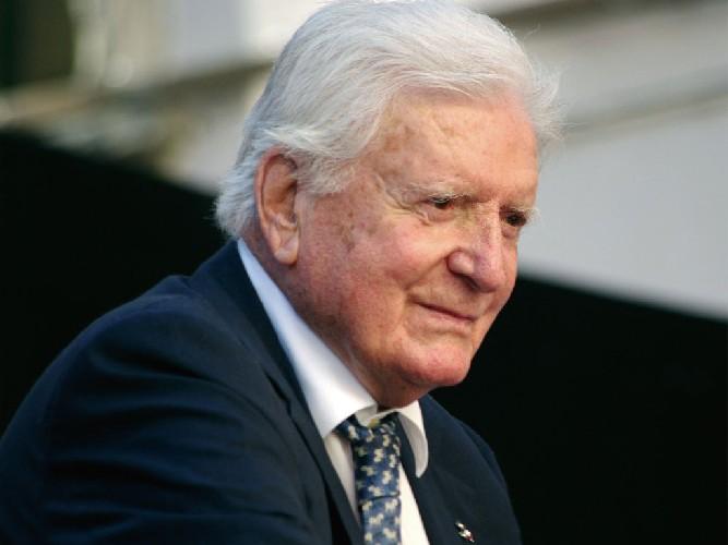 È morto Sergio Zavoli, raccontò il Giro d'Italia