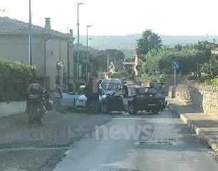 https://www.ragusanews.com//immagini_articoli/05-08-2020/incidente-in-via-trani-a-modica-240.jpg