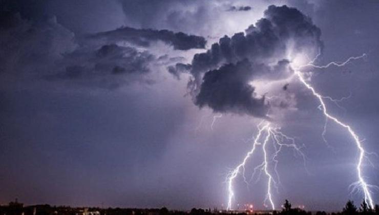 https://www.ragusanews.com//immagini_articoli/05-09-2016/ciclone-morgana-in-arrivo-temporali-e-perturbazioni-420.jpg