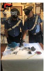 https://www.ragusanews.com//immagini_articoli/05-09-2019/scoglitti-droga-arrestato-claudio-leone-240.jpg