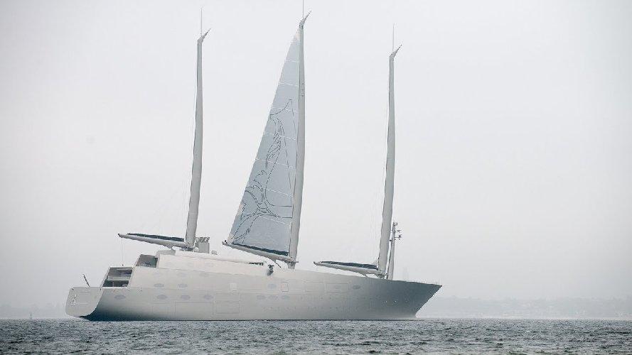 https://www.ragusanews.com//immagini_articoli/05-09-2019/yacht-ve-lo-ricordate-e-arrivato-in-calabria-500.jpg
