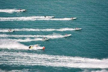 https://www.ragusanews.com//immagini_articoli/05-10-2019/l-offshore-a-marina-di-ragusa-240.jpg