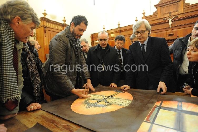 https://www.ragusanews.com//immagini_articoli/05-11-2012/sgarbi-la-nuova-cappella-sistina-e-in-cattedrale-a-noto-500.jpg
