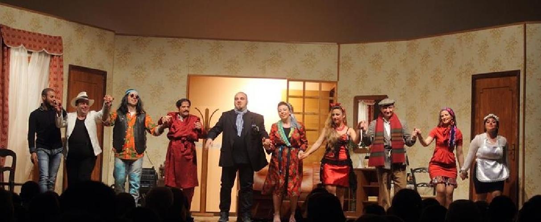 https://www.ragusanews.com//immagini_articoli/05-11-2014/fumo-negli-occhi-a-teatro-a-ragusa-500.jpg
