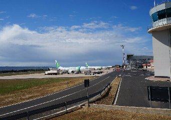 https://www.ragusanews.com//immagini_articoli/05-11-2018/aeroporto-comiso-novembre-pista-vuota-nessun-volo-240.jpg