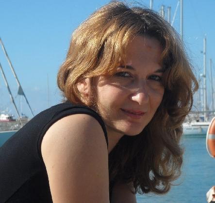 http://www.ragusanews.com//immagini_articoli/05-12-2016/le-radici-nel-cuore-di-anna-marino-420.jpg