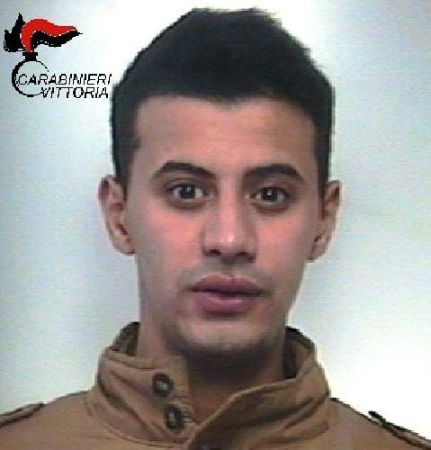 https://www.ragusanews.com//immagini_articoli/05-12-2017/comiso-arrestato-spacciatore-tunisino-500.jpg