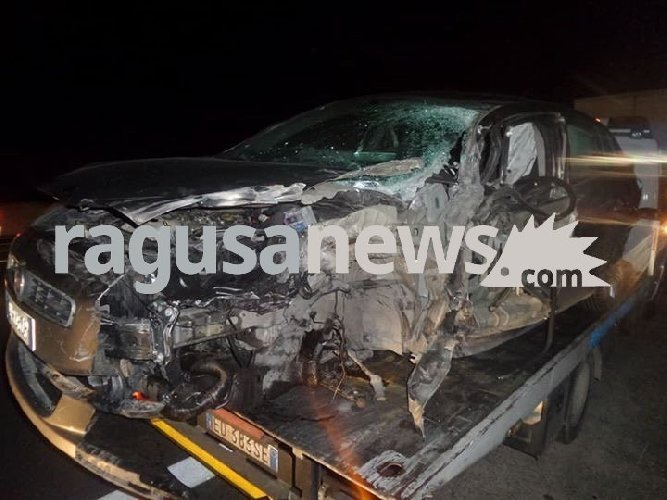 http://www.ragusanews.com//immagini_articoli/05-12-2017/incidente-ragusacatania-feriti-500.jpg