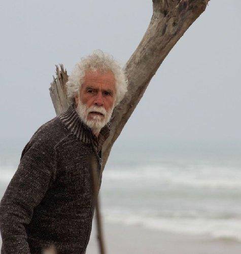 https://www.ragusanews.com//immagini_articoli/05-12-2019/al-vittoria-peace-film-festival-la-via-ritorno-di-carnemolla-500.jpg