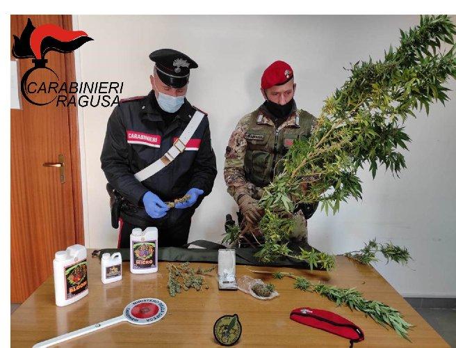 https://www.ragusanews.com//immagini_articoli/05-12-2020/droga-arrestati-un-23enne-vittoriese-500.jpg
