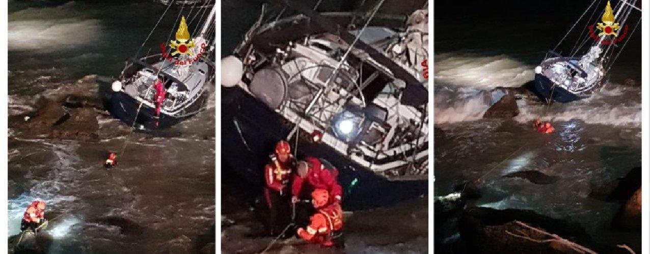 https://www.ragusanews.com//immagini_articoli/06-01-2020/con-la-barca-a-vela-incastrato-di-notte-scogli-500.jpg