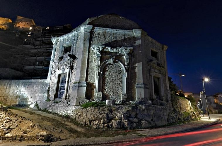 http://www.ragusanews.com//immagini_articoli/06-02-2014/ragusa-il-comune-interessato-alla-chiesa-della-bbammina-500.jpg