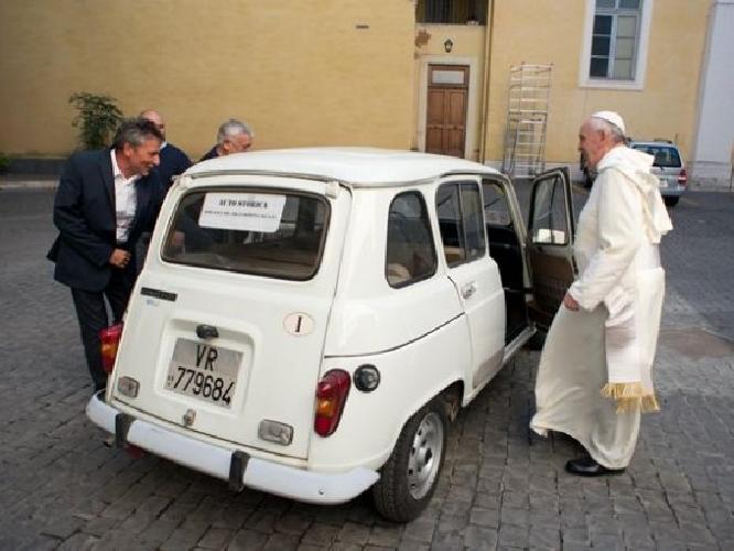 https://www.ragusanews.com//immagini_articoli/06-02-2014/ragusa-immatricolate-900-auto-nuove-in-meno-nel-2013-500.jpg
