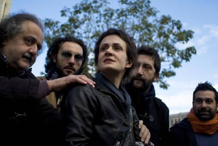 https://www.ragusanews.com//immagini_articoli/06-03-2011/premio-rostagno-vince-il-fermi-di-ragusa-500.jpg