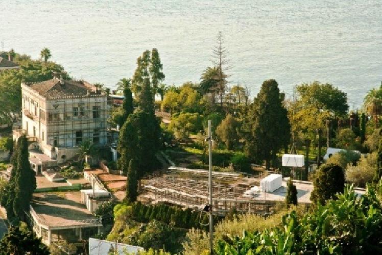 https://www.ragusanews.com//immagini_articoli/06-03-2014/arriva-alla-camera-la-proposta-per-i-casino-di-taormina-e-palermo-500.jpg