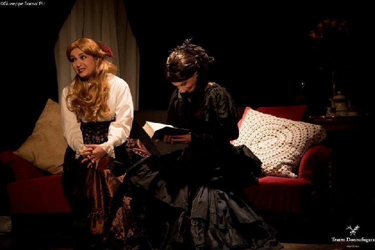 https://www.ragusanews.com//immagini_articoli/06-03-2017/dracula-leggenda-teatro-donnafugata-500.jpg