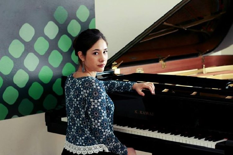 https://www.ragusanews.com//immagini_articoli/06-03-2018/modica-concerto-pianista-doroteja-ciric-500.jpg